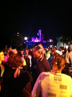 a lot of runners with the castle behind them at the Never Land 5k in Disneyland 2012