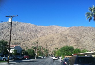 a big mountain in front of us at the Palm Springs half marathon 2012