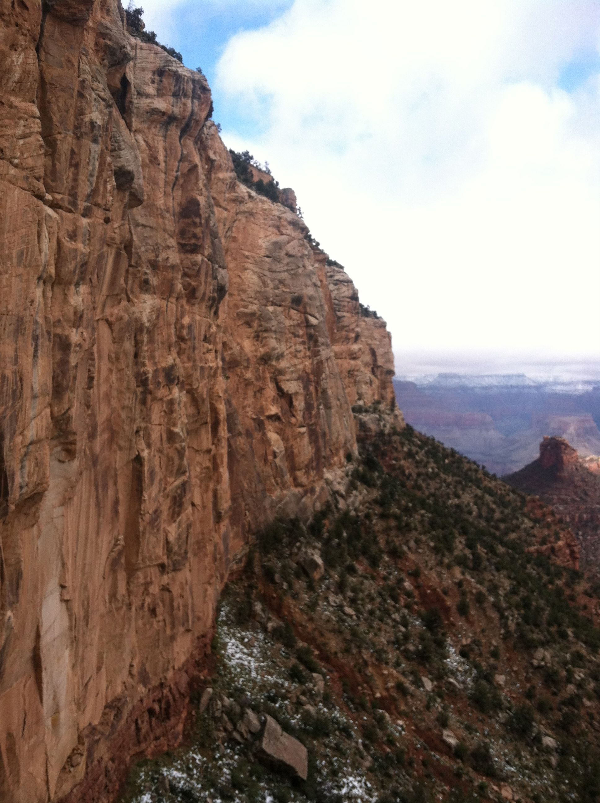 view of side of Grand Canyon from the first mile or so of Bright Angel Trail